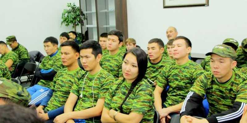 Дарига Назарбаева выступила в Кадетском корпусе