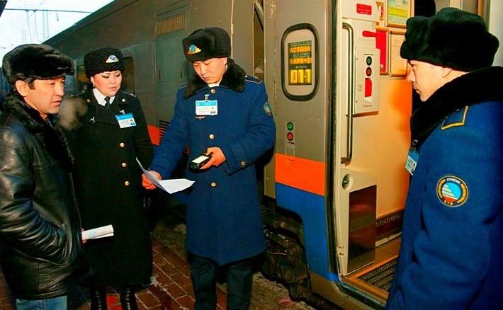 В Щучинске проводник высадил пассажира с электронным билетом