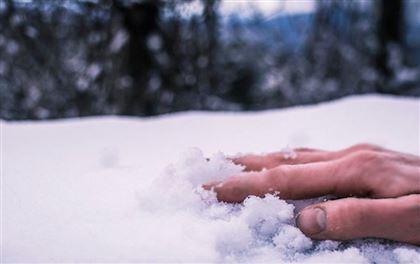 Два человека насмерть замерзли в Щучинске, расположенном в Бурабайском районе