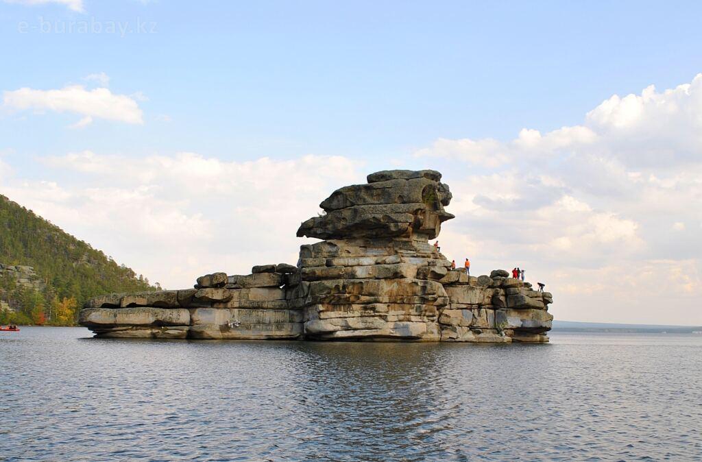 Легенды про Боровое - скала Жумбактас (Камень – загадка)