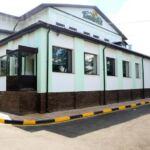 Отель «Кокшебель» Боровое расположен в поселке Боровое. К услугам гостей частный пляж, фитнес-центр, терраса, бесплатный Wi-Fi, круглосуточная стойка регистрации, детская игровая площадка и бар