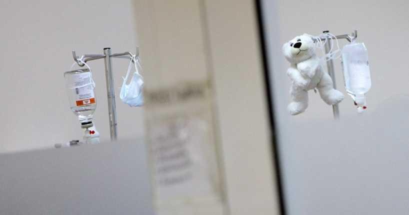 Причиной смерти двухлетней девочки из Щучинска была не колбаса
