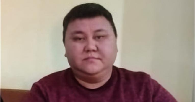 Руслан Имандинов 25 мая около 13.00 уехал из дома на своей автомашине марки Toyota Estima Lucida в Щучинск по работе