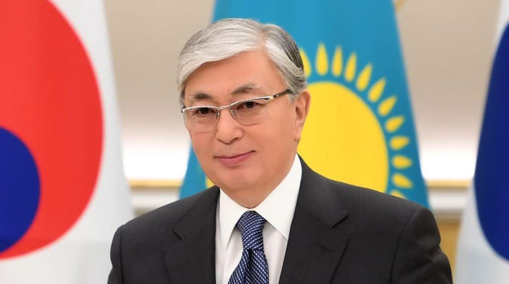 Назарбаев поздравил казахстанцев с Днем защитника Отечества